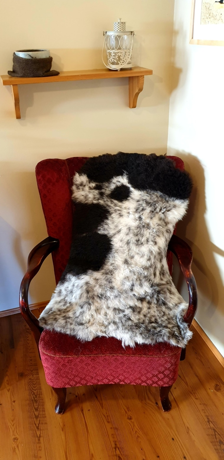 Colored lambskins for baby carriage